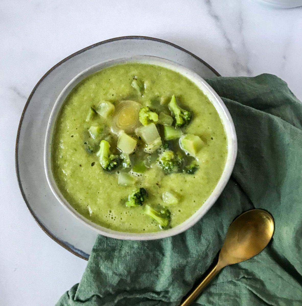 A bowl of creamy zucchini soup