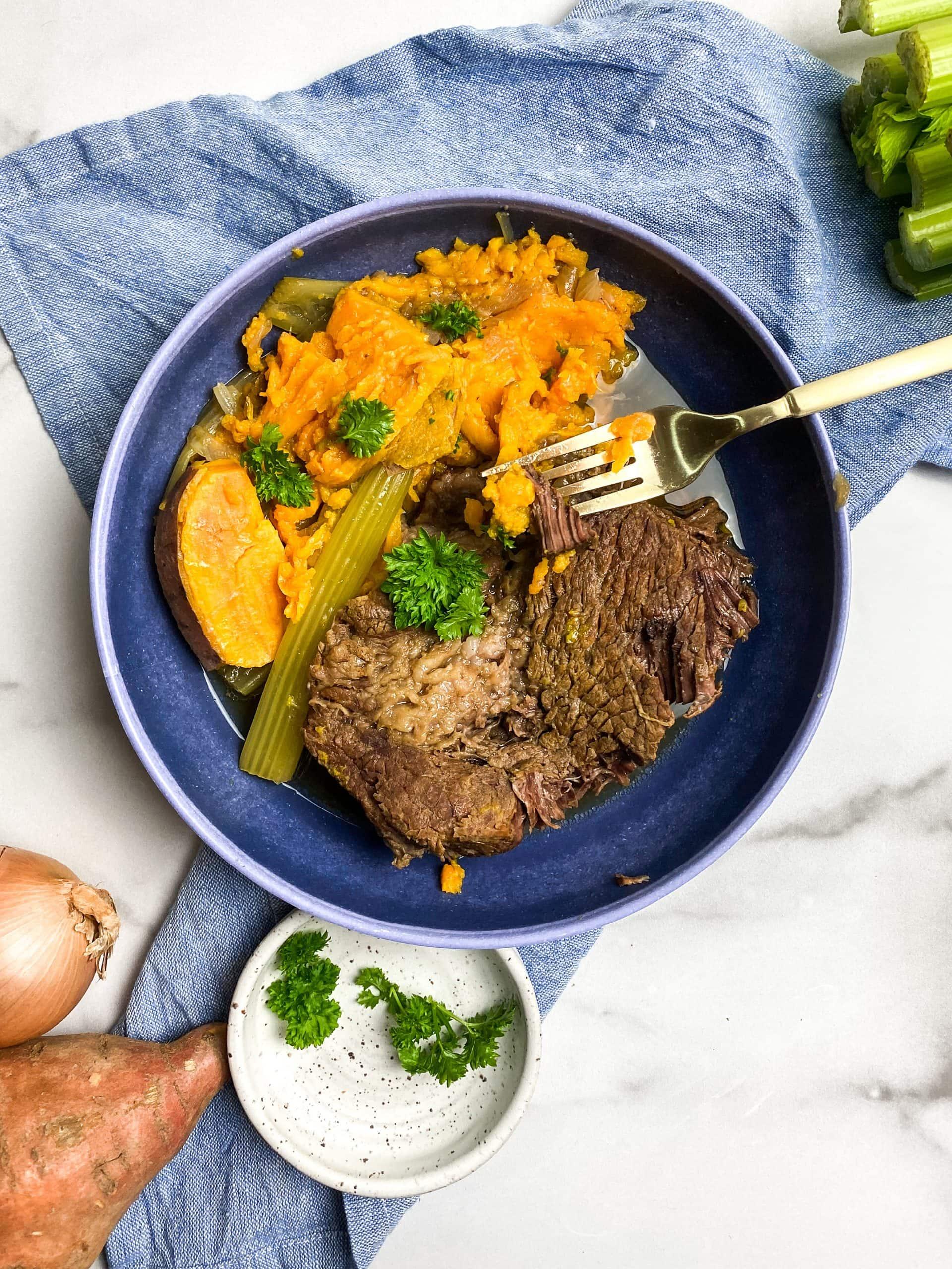 chuck roast and pot roast vegetables